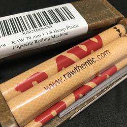 Raw 79mm 1 1/4 Hemp Plastic Joint Rolling Machine