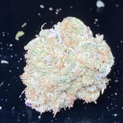NEW GLUE (GG5) (THC 28%) GET FREE GUMMY WHEN Purchase 1 oz