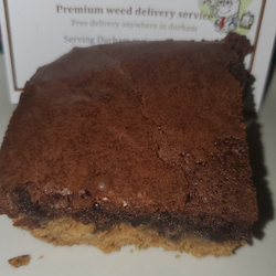 Chocolate brownie with peanut butter cookie crust